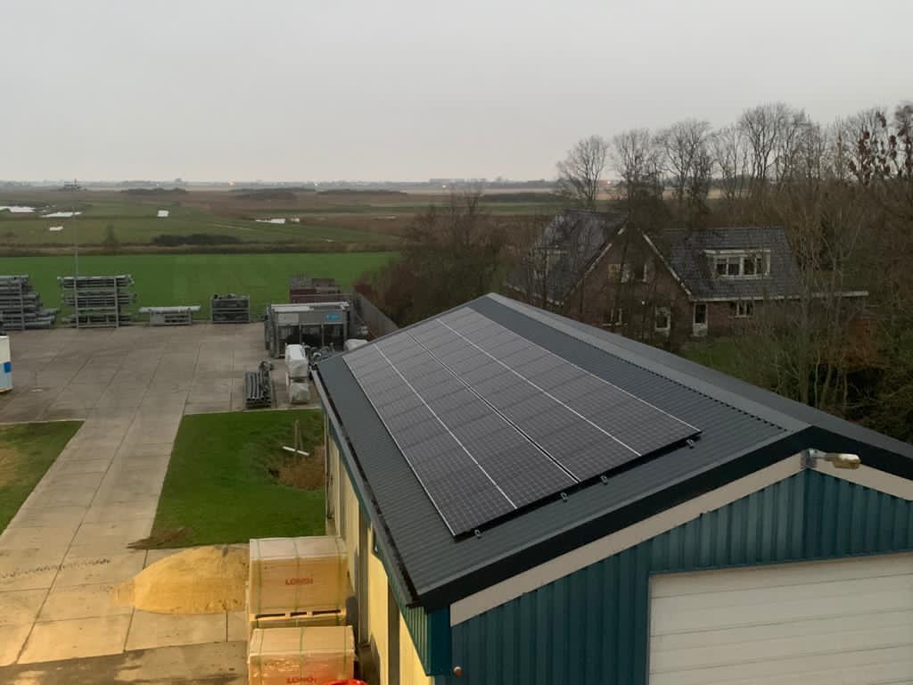 Mooi project van 280 zonnepanelen opgeleverd in opdracht van Hoppenbrouwers Techniek B.V.